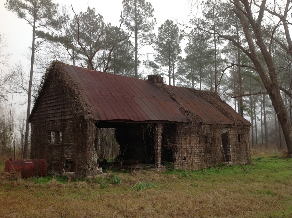 Hobonny plantation yemassee beaufort county south for Brick cabin