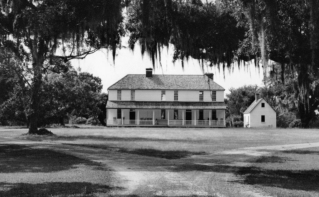 Middleburg plantation huger berkeley county south for 1800s plantation homes