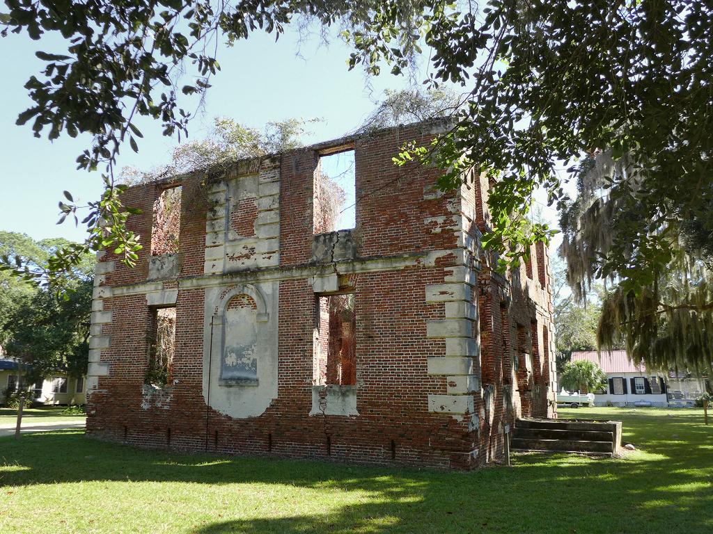 Brick house plantation edisto island charleston county for The carolina house