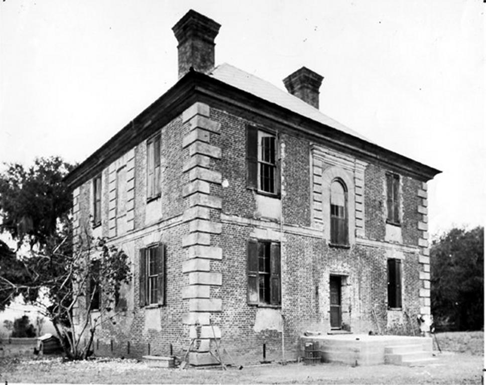 Brick House Plantation - Edisto Island, Charleston County ... on williamsburg brick house, brick colonial house, brick home tx, brick webster house, brick victorian house, brick buildings in winter, brick house golf sc,